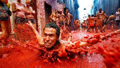 Cómo el tomate se convirtió en protagonista de una de las mejores fiestas españolas