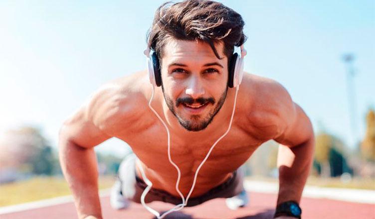 Consejos prácticos para ganar masa muscular en los brazos.
